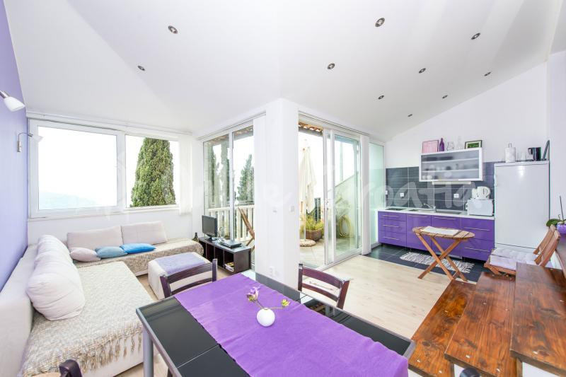 Apartman Purple